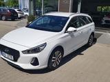 Hyundai i30 1,6   1.6 crdi Style s NAVI, záruka